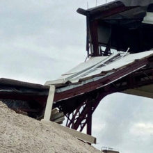 На комбинате в Добрушском районе обрушилась конструкция