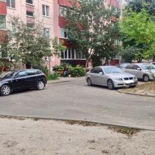 В Гомеле во дворе дома Audi сбил 8-летнего велосипедиста
