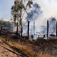 В Лельчицком районе горели жилой дом, 2 сарая и 3 автомобиля