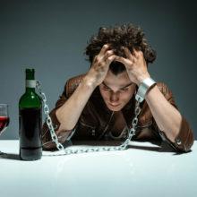 Наркологи утверждают, что белорусы стали меньше пить