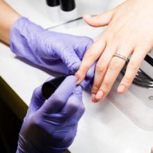 Обнаружена смертельная опасность лака для ногтей