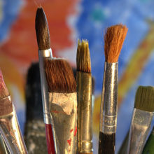 В Гомеле проходит выставка картин из дерева на библейскую тематику