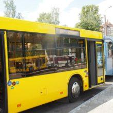 В Гомеле на улице Барыкина у автобуса лопнуло колесо