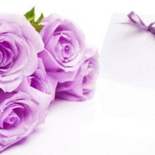 Выбираем подарок на 8 марта: что и кому дарить?