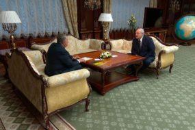 «Хотелось бы ясности»: Лукашенко встретился с главой «Роснефти» Сечиным