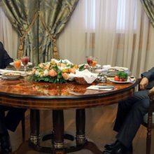Лукашенко и Путин ведут переговоры в расширенном формате