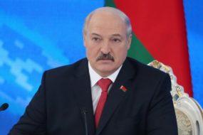 Лукашенко заинтересовался, как обстоят дела с зарплатами у бюджетников