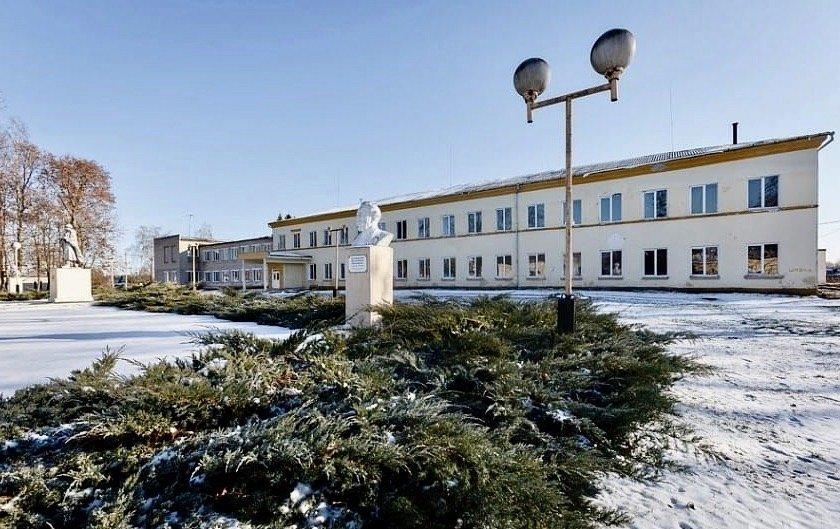 реконструируют 100-летнюю школу