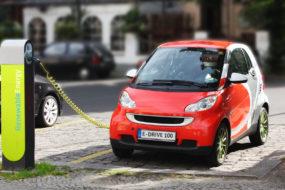 Таможенные налоги на автомобили с электроприводом хотят снова «обнулить»
