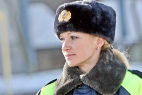 В Гомеле девушки-офицеры поздравят мужчин-автомобилистов