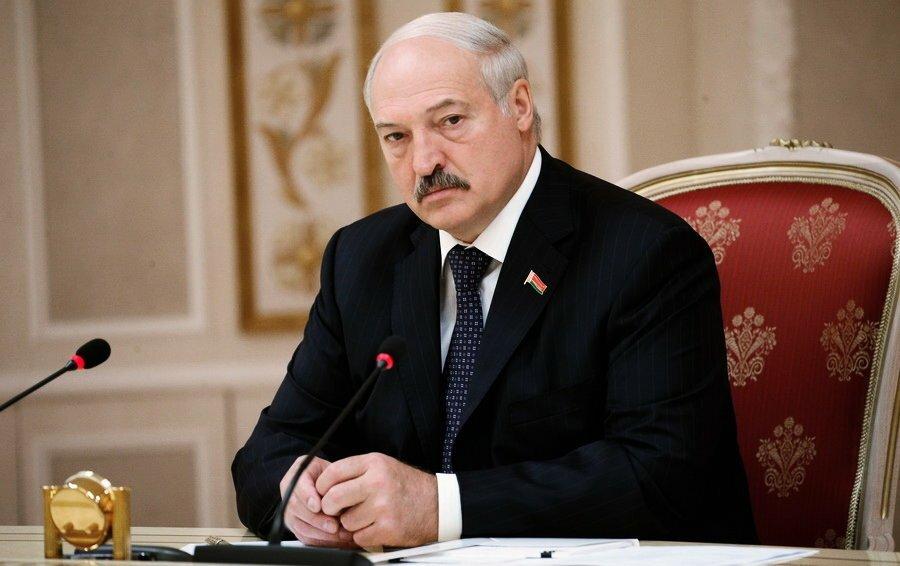 Президент Беларуси сделал прогноз, когда заработает экономика