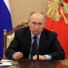 Путин предложил предусмотреть каникулы по кредитам
