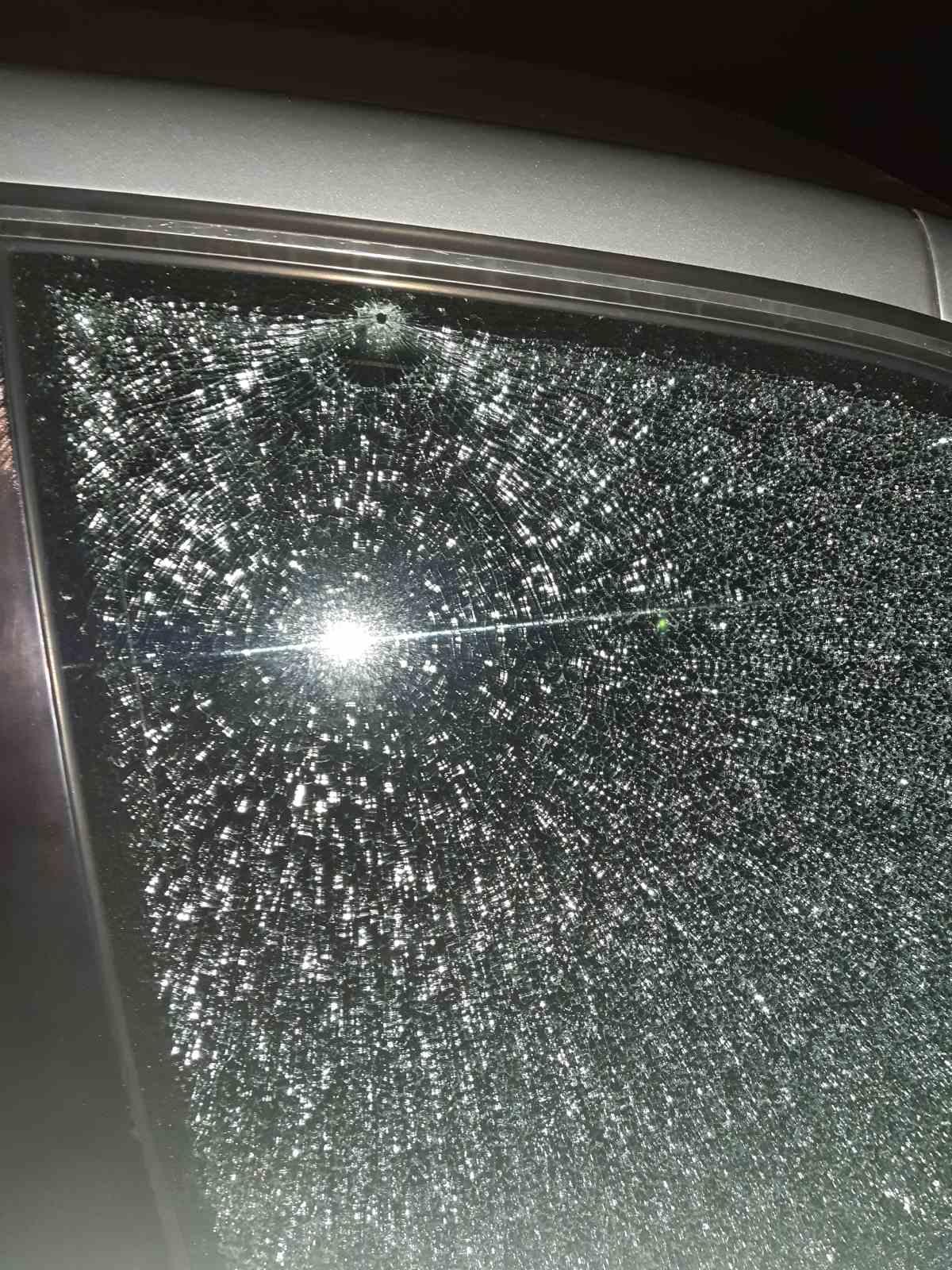 В Рогачеве неизвестные расстреляли автомобиль