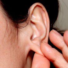 В Гомеле судят учительницу, которая травмировала ухо школьнице