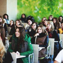 Вузы Беларуси переносят дни открытых дверей