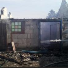 В Добрушском районе мужчина жег мусор возле соломы и спалил сарай