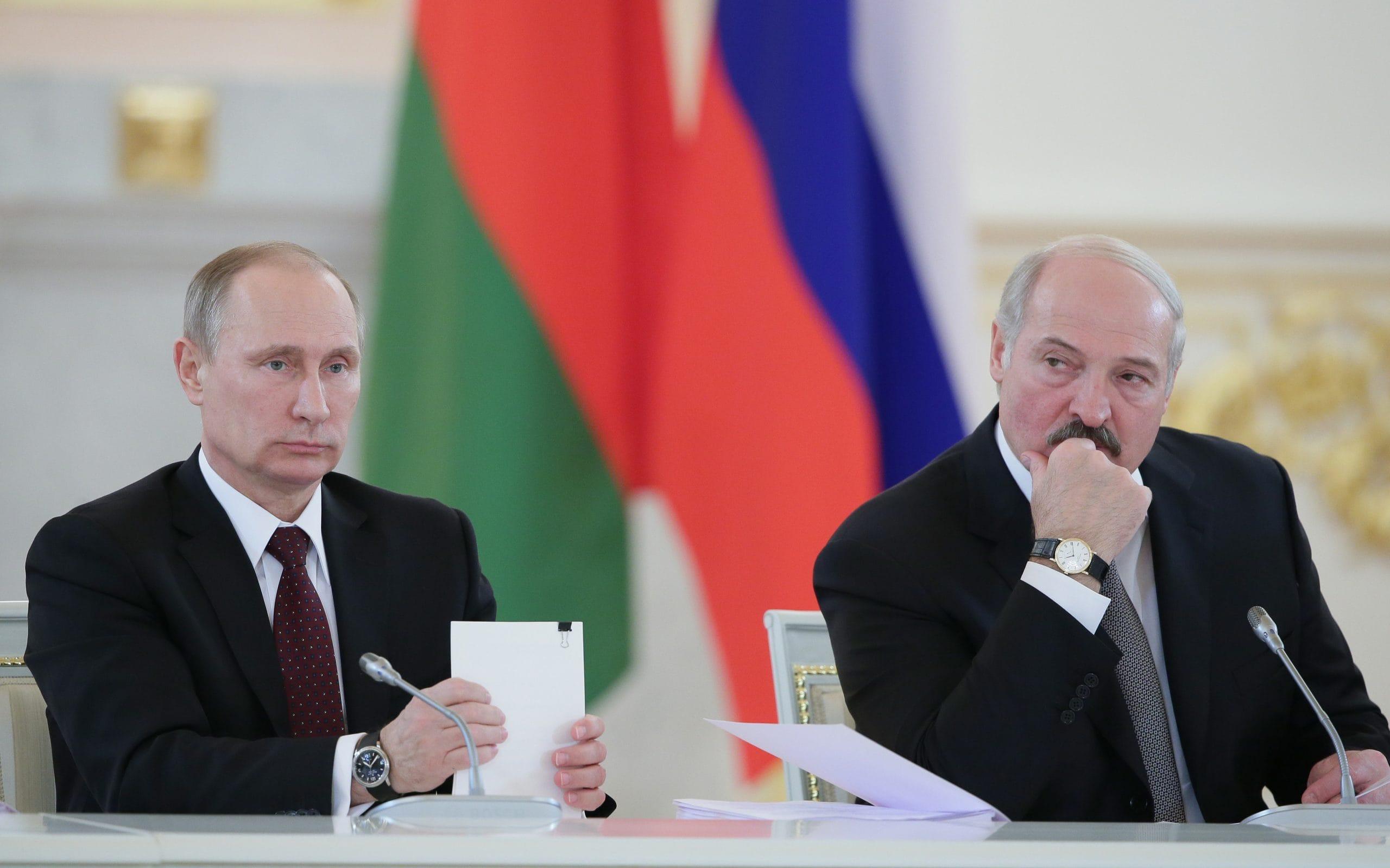 Путин предлагает не касаться газового вопроса, временно исключив его из плана развития ЕАЭС