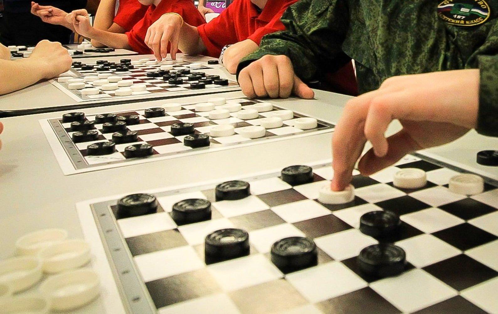 Белорусские шашисты завоевали серебряную и бронзовую медали на международном турнире