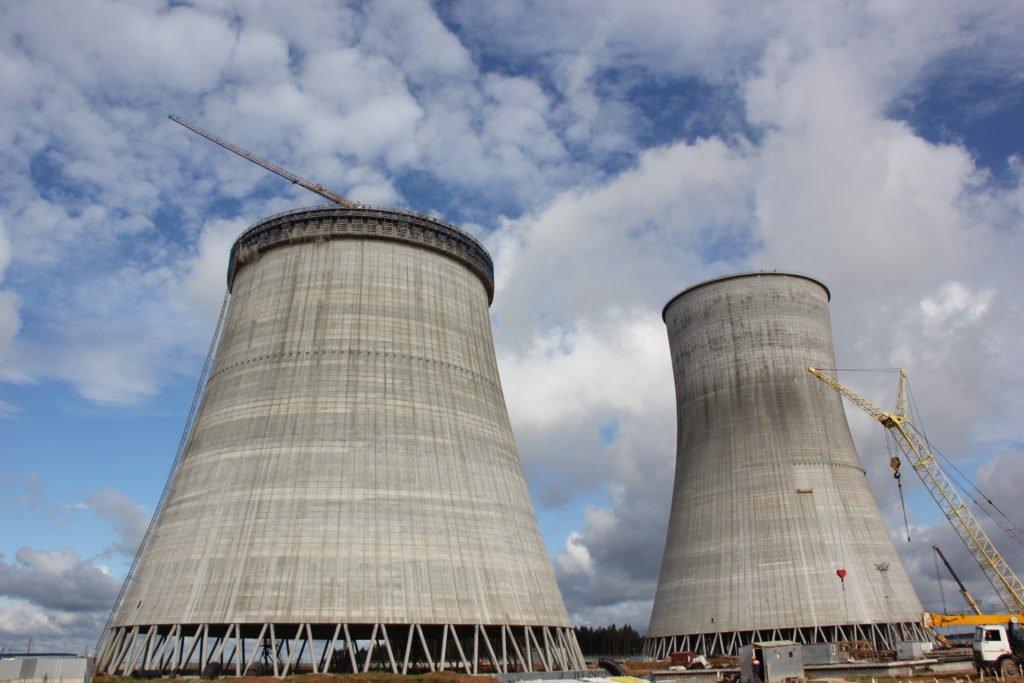 На первый энергоблок БелАЭС доставлена передвижная дизель-генераторная станция