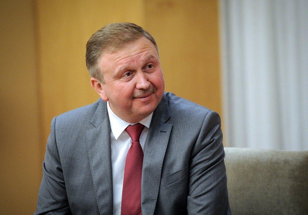 «Моим именем пытаются манипулировать» - экс-премьер Кобяков ответил на фейки в Telegram-каналах