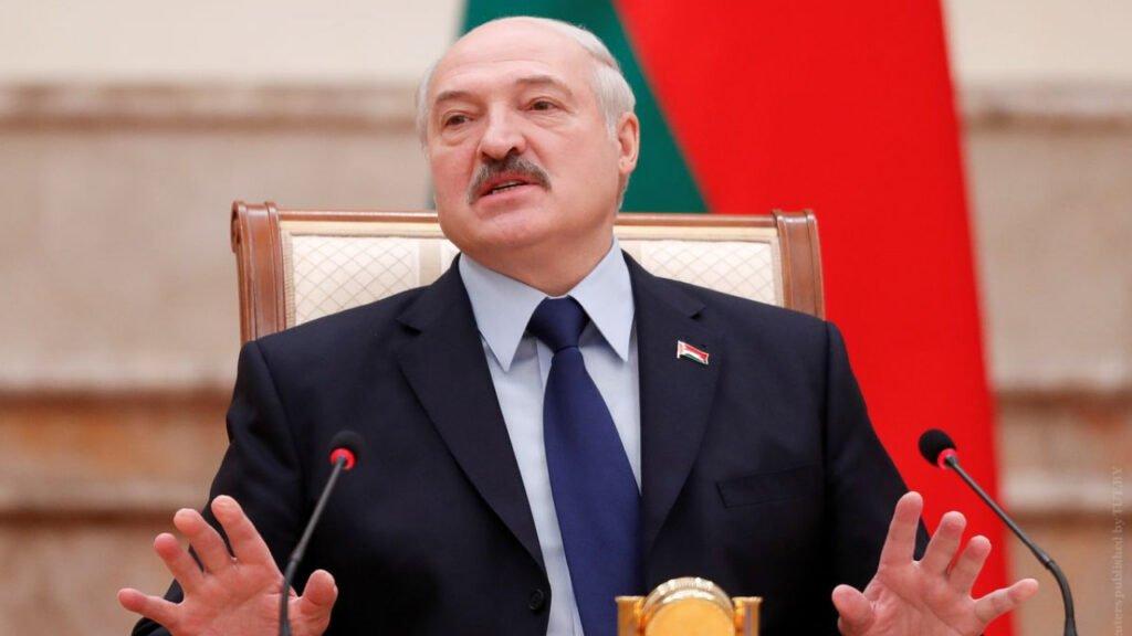 Лукашенко обещает, что через пять лет зарплаты в стране будут выше в два раза