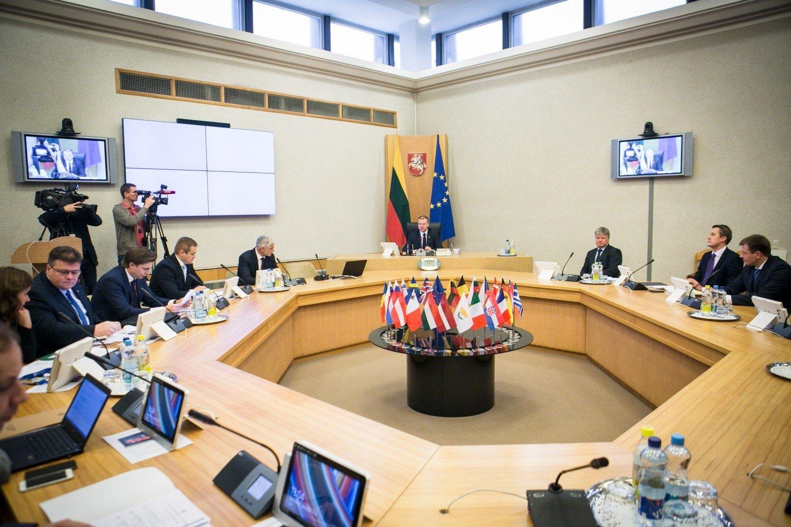 Литва выделит Беларуси средства на борьбу с коронавирусом, но немного