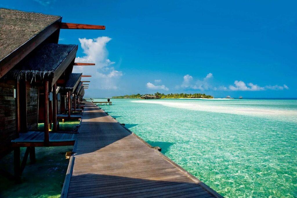 Мальдивы откроют границы для туристов с 15 июля