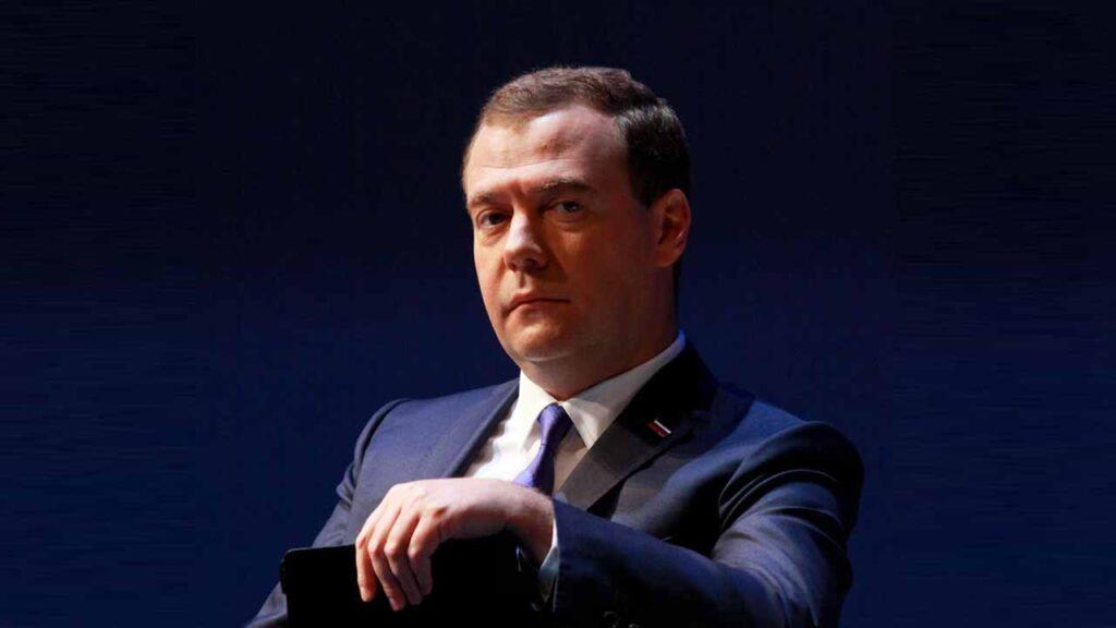Медведев попытался ответить на вопрос, что нужно сделать, чтобы не рассориться с Беларусью