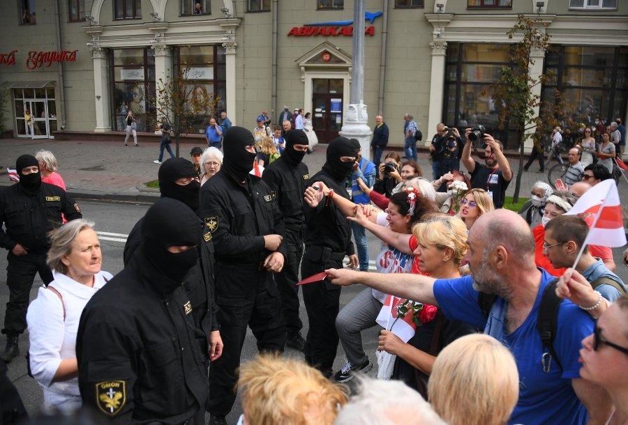 в Минске задержали около 140 человек