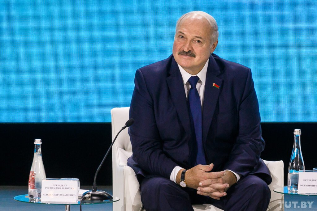 В секретариате белорусского президента сообщили, что обращение к парламенту и народу прозвучит 4 августа