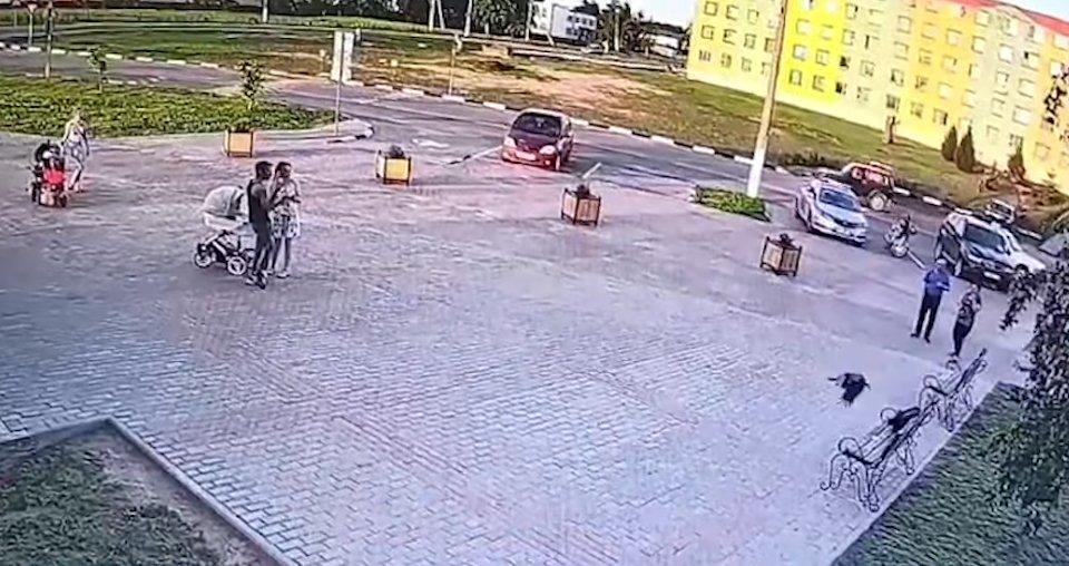 Ворона украла у вора 150 рублей