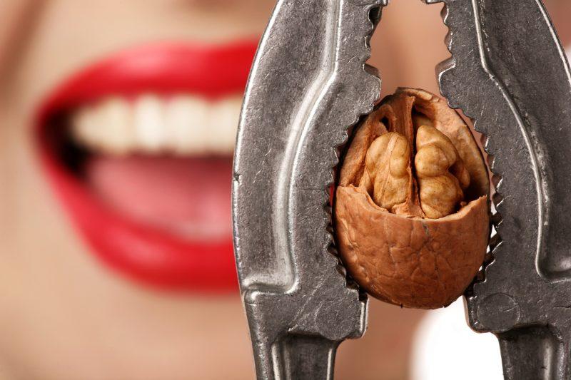 Польза и вред орехов для человеческого организма