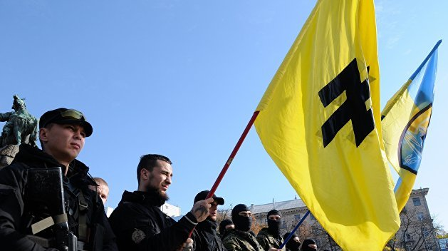Коррупция, убийства и трусость. Россиянам расскажут о «чёрном солнце» «Азова»