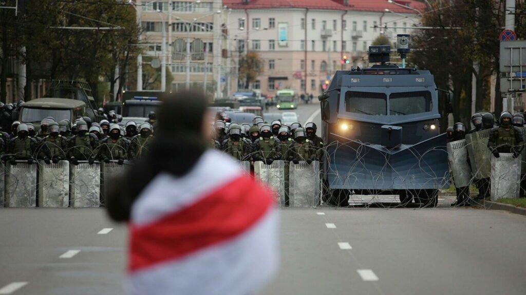 протестных демонстраций в воскресенье