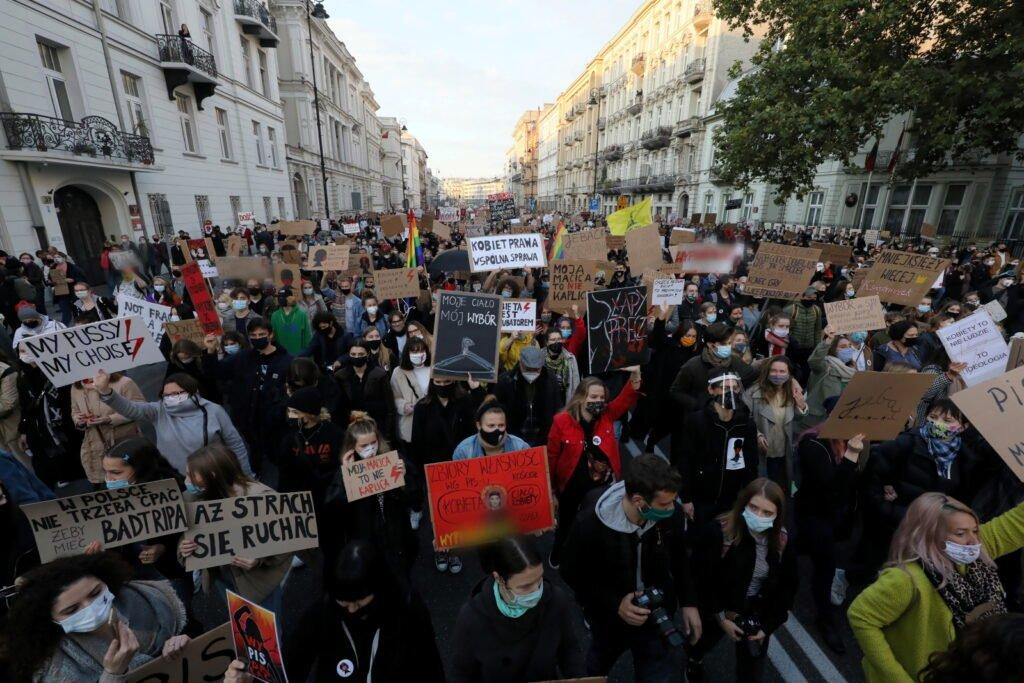 протесты в польше 2020