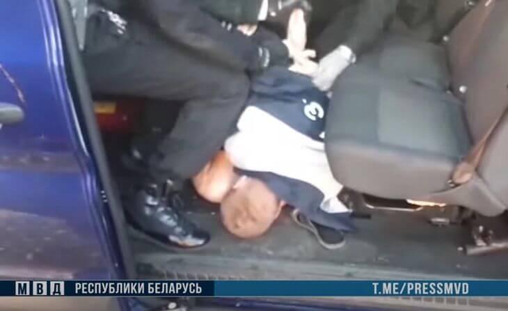 Братья-близнецы задержаны за участие в беспорядках в Жлобине